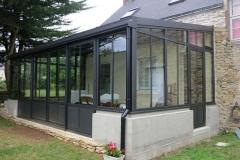 Véranda aluminium à Férel - style atelier avec  baie coulissante
